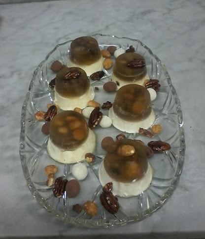 Panna cotta con frutos secos